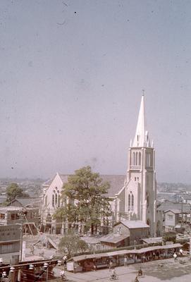 建設中の教会